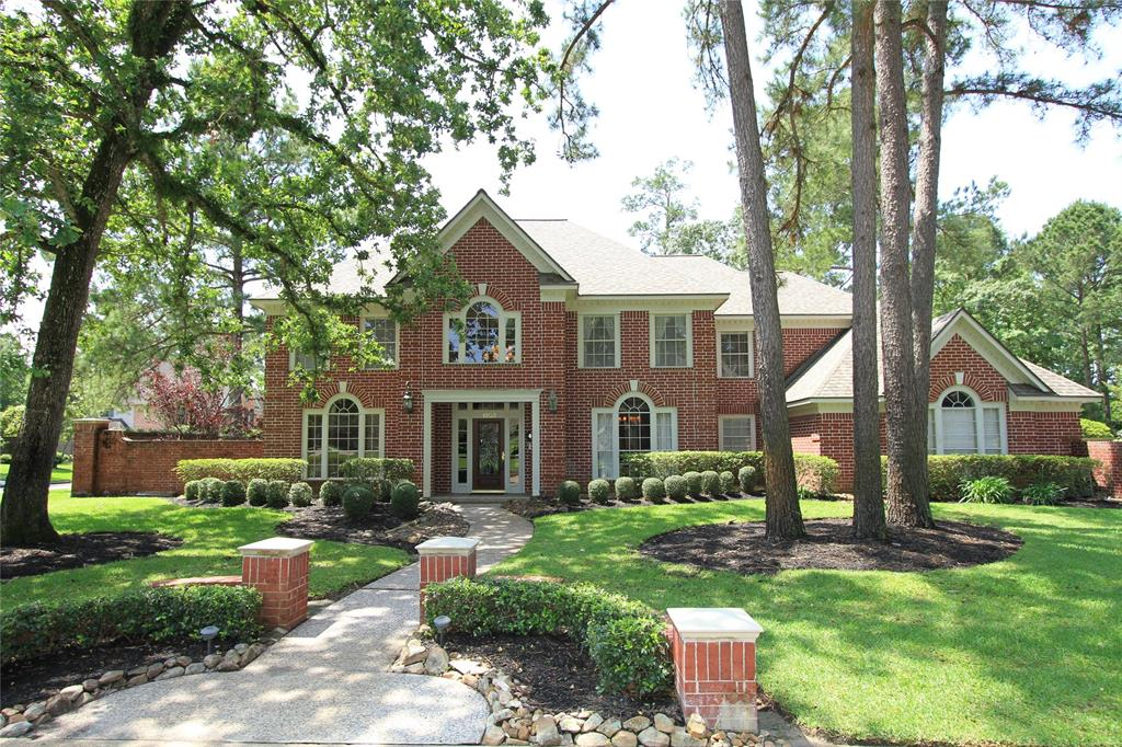 Photo for 1903 Mount Forest Drive, Kingwood, TX 77345 (MLS # 12043148)