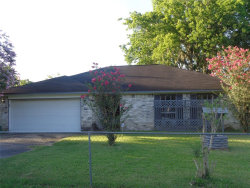 Photo of 526 TallTimber Drive, West Columbia, TX 77486 (MLS # 12928087)