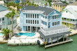 Photo of 911 Long Reach Drive, Tiki Island, TX 77554 (MLS # 15436400)