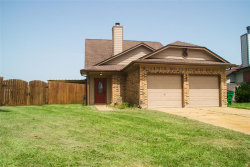 Photo of 344 N Ranch House Road, Angleton, TX 77515 (MLS # 15896082)