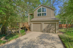 Photo of 2 Fire Flicker Place, The Woodlands, TX 77381 (MLS # 21863164)