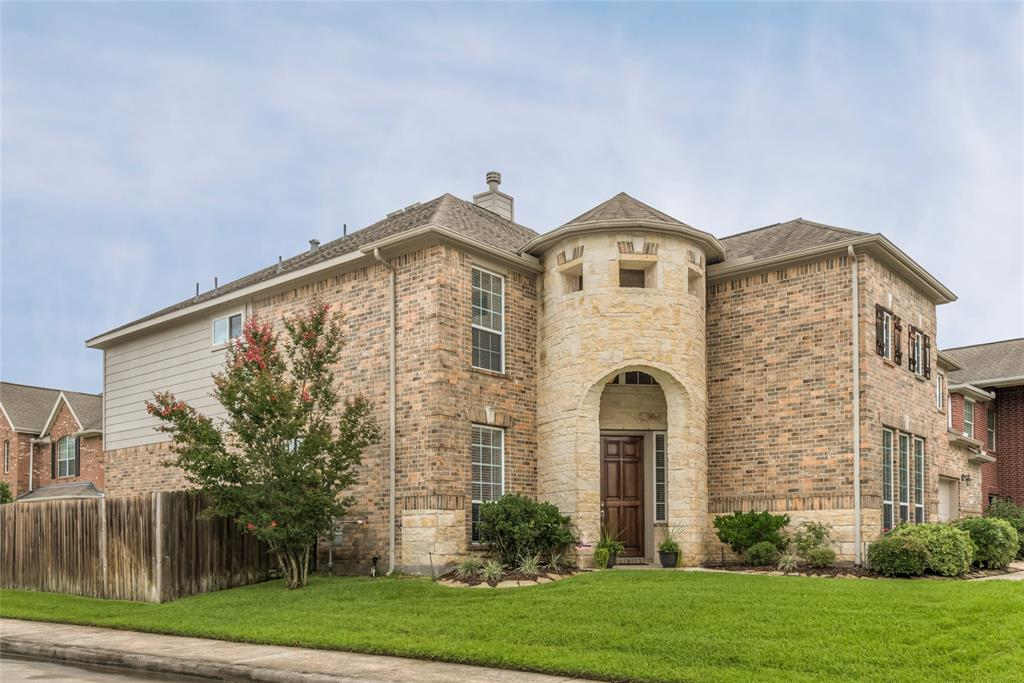 Photo for 2522 Twisting Pine Court, Kingwood, TX 77345 (MLS # 22674806)