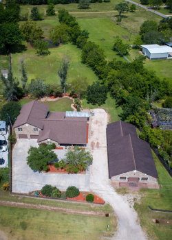 Photo of 2082 Fm 521 Road, Brazoria, TX 77422 (MLS # 25025827)