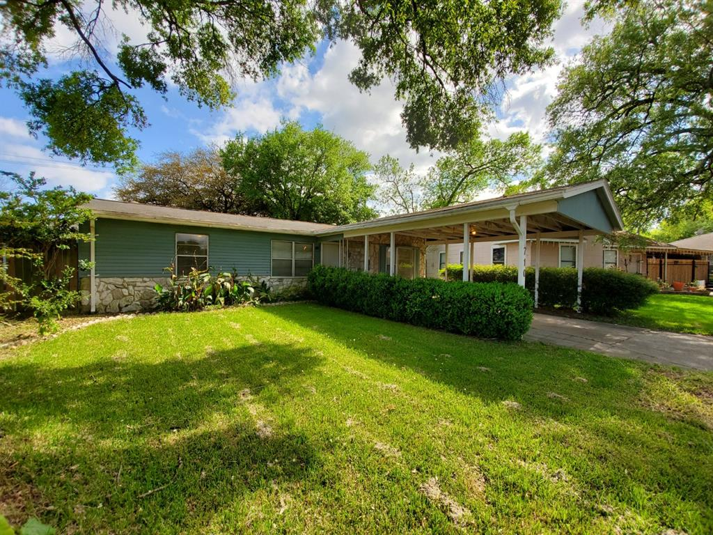 Photo for 710 Banton Street, Channelview, TX 77530 (MLS # 25524049)