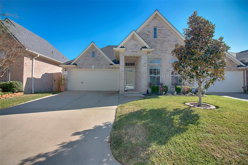 Photo for 15958 Cottage Ivy Circle, Tomball, TX 77377 (MLS # 30743178)