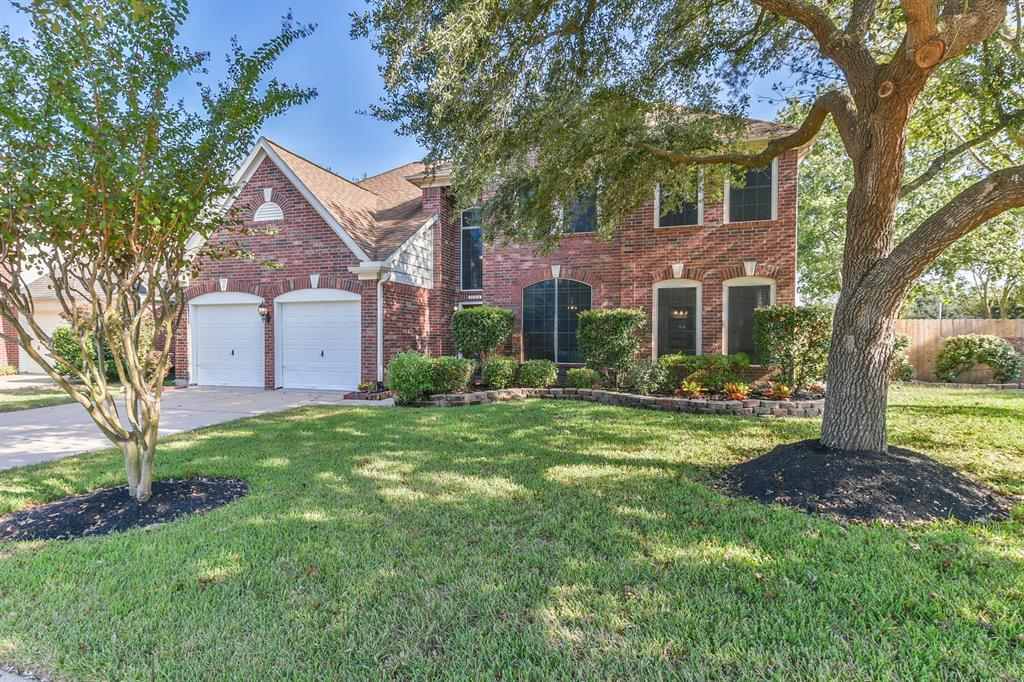 Photo for 1104 Candlewood Drive, League City, TX 77573 (MLS # 35511116)