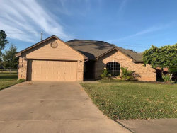 Photo of 116 Washington Avenue, Clute, TX 77531 (MLS # 36808400)
