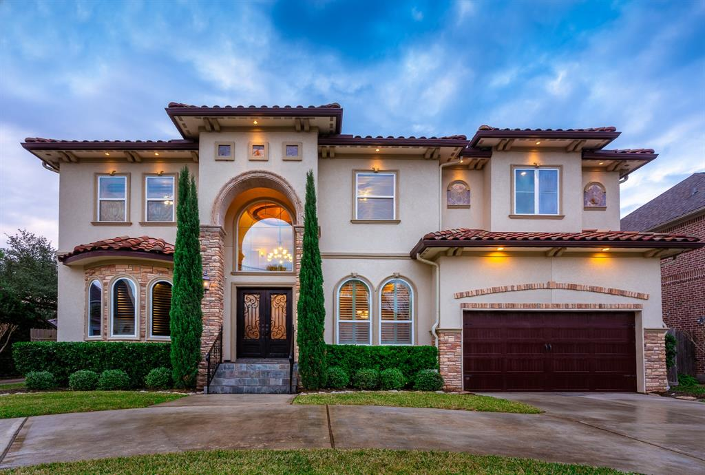 Photo for 4608 Oakdale Street, Bellaire, TX 77401 (MLS # 36986166)