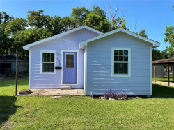 Photo of 408 Avery Street, Clute, TX 77531 (MLS # 37747865)