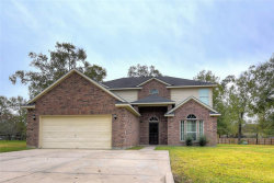 Photo of 1410 William Trace, Baytown, TX 77523 (MLS # 38774035)