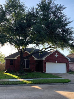 Photo of 915 Portsmouth Drive, Pearland, TX 77584 (MLS # 38952503)