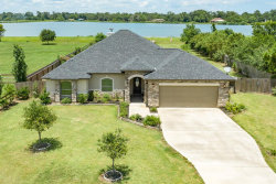 Photo of 626 Sunset Lane, Angleton, TX 77515 (MLS # 40077751)