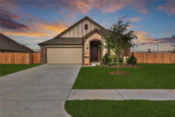 Photo of 3211 Charles Place, Mont Belvieu, TX 77523 (MLS # 40674921)