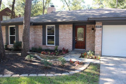 Photo of 77 N Deerfoot Circle Circle, The Woodlands, TX 77380 (MLS # 40996315)