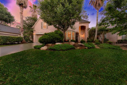 Photo of 18 S Manorcliff Place, The Woodlands, TX 77382 (MLS # 41041715)
