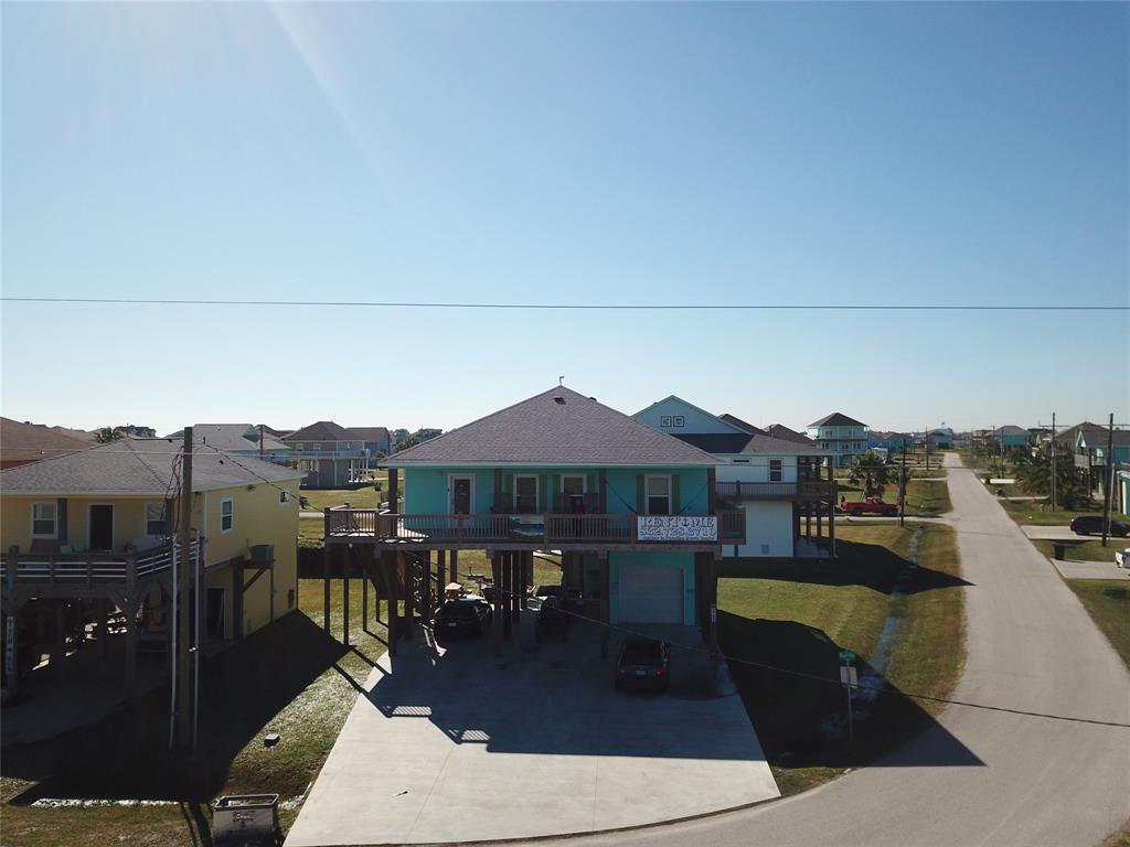 Photo for 987 Surf, Crystal Beach, TX 77650 (MLS # 41795061)