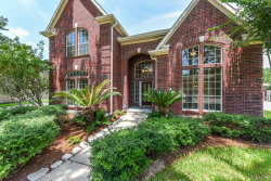 Photo of 510 Lakeside Lane, Friendswood, TX 77546 (MLS # 42007978)