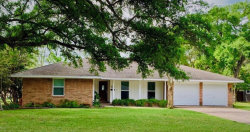 Photo of 124 Persimmon Lane, Lake Jackson, TX 77566 (MLS # 44078260)