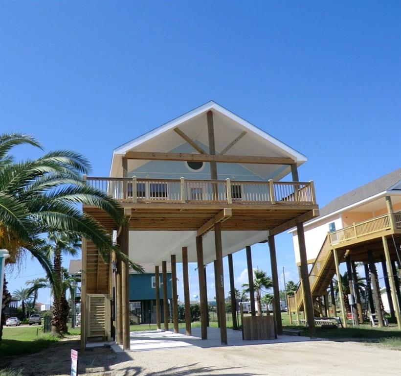 Photo for 953 Bowers, Crystal Beach, TX 77650 (MLS # 44745719)