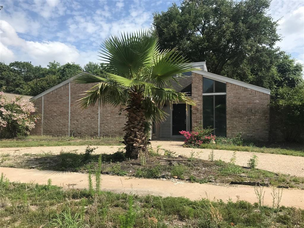 Photo for 15907 Mill Hollow Drive, Houston, TX 77084 (MLS # 44822133)