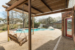 Photo of 215 Mango, Lake Jackson, TX 77566 (MLS # 46229860)
