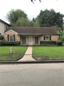 Photo of 4713 Holly Street, Bellaire, TX 77401 (MLS # 47398095)
