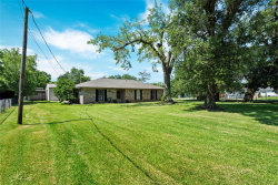 Photo of 615 Clear lake Road, Highlands, TX 77562 (MLS # 49619844)