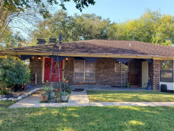Photo of 3918 Lance Street, Highlands, TX 77562 (MLS # 49707488)
