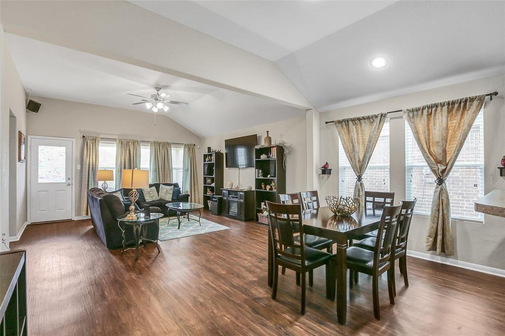 Photo for 7330 Fox Clearing Trail, Humble, TX 77338 (MLS # 50364342)