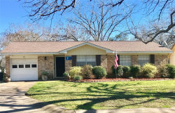 Photo of 121 Cannon Street, Clute, TX 77531 (MLS # 50892371)