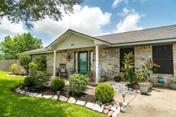 Photo of 1450 Horse Shoe Court, Angleton, TX 77515 (MLS # 51645457)
