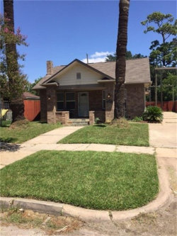 Photo of 5305 Claremont Street, Houston, TX 77023 (MLS # 54211530)