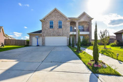 Photo of 1914 Thunder Ridge Way, Pearland, TX 77089 (MLS # 57118823)