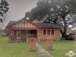 Photo of 314 S Broad Street, West Columbia, TX 77486 (MLS # 59075221)