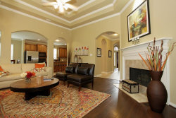 Photo of 26 Shale Creek Ct, The Woodlands, TX 77382 (MLS # 59889673)