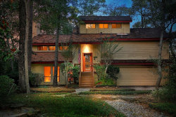 Photo of 10 Wakerobin Court, The Woodlands, TX 77380 (MLS # 60985001)