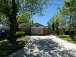 Photo of 10047 Rosbrook Drive, Houston, TX 77038 (MLS # 61727576)
