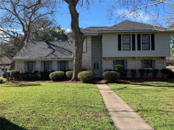 Photo of 104 E Poinciana Street, Lake Jackson, TX 77566 (MLS # 61778976)