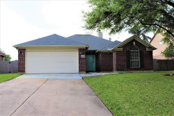 Photo of 109 Papaya Street, Lake Jackson, TX 77566 (MLS # 63458498)