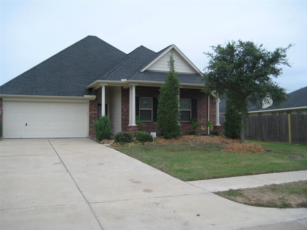 Photo for 2504 Quiet Arbor Lane, Pearland, TX 77581 (MLS # 6377417)