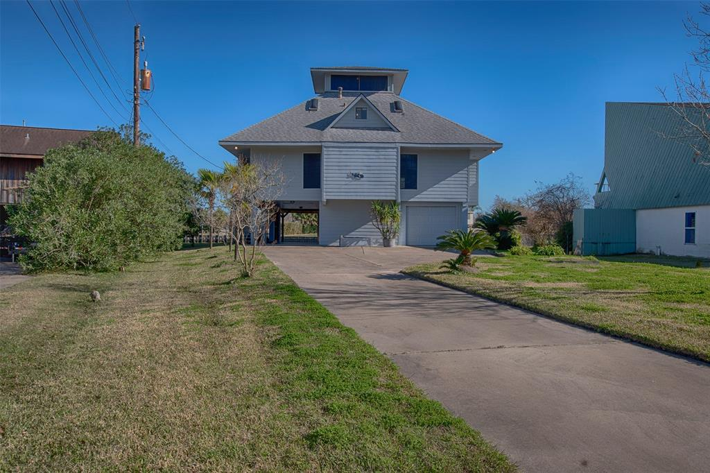 Photo for 5011 Bayou Bend Drive, Dickinson, TX 77539 (MLS # 64263103)