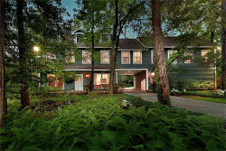 Photo of 7 E Sunlit Forest Drive, The Woodlands, TX 77381 (MLS # 72513384)