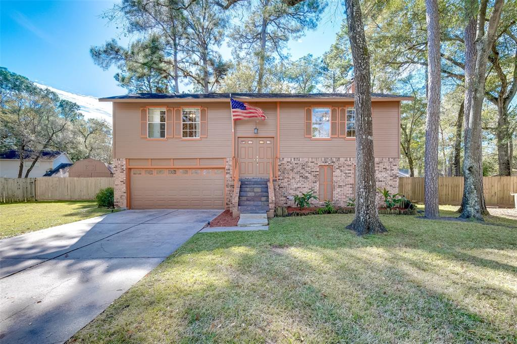 Photo for 2930 Valley Rose Drive, Kingwood, TX 77339 (MLS # 73356179)
