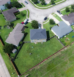 Tiny photo for 2403 Marlin Drive, Texas City, TX 77591 (MLS # 7391076)
