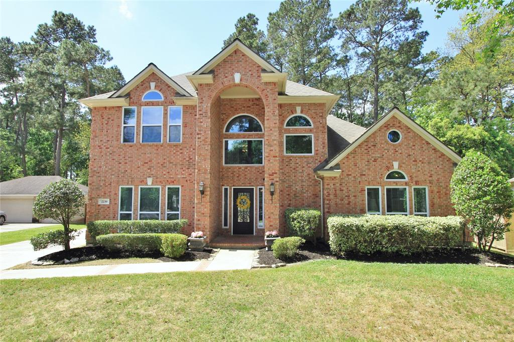 Photo for 2239 Deer Cove Trail, Kingwood, TX 77339 (MLS # 76546353)