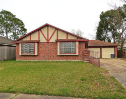 Photo of 1314 Dorsetshire Drive, Pasadena, TX 77504 (MLS # 76826664)