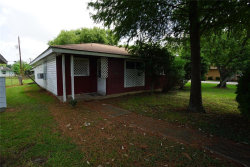 Photo of 1215 Avenue G, Houston, TX 77587 (MLS # 77710311)