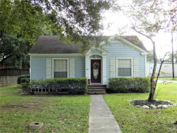 Photo of 409 S Roosevelt Avenue, Cleveland, TX 77327 (MLS # 78468426)