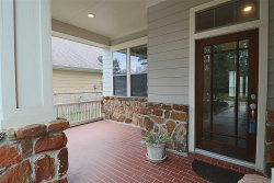 Photo of 70 W Tapestry Park Circle W, The Woodlands, TX 77381 (MLS # 80805596)
