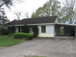 Photo of 102 Lee Street, West Columbia, TX 77486 (MLS # 8435856)